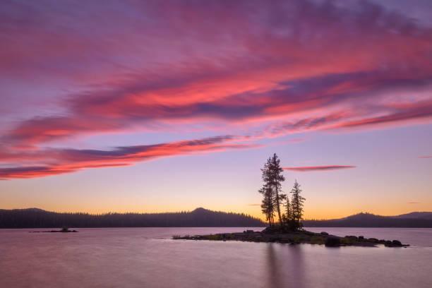 Sunset at Waldo Lake, Cascade Mountains, Oregon.