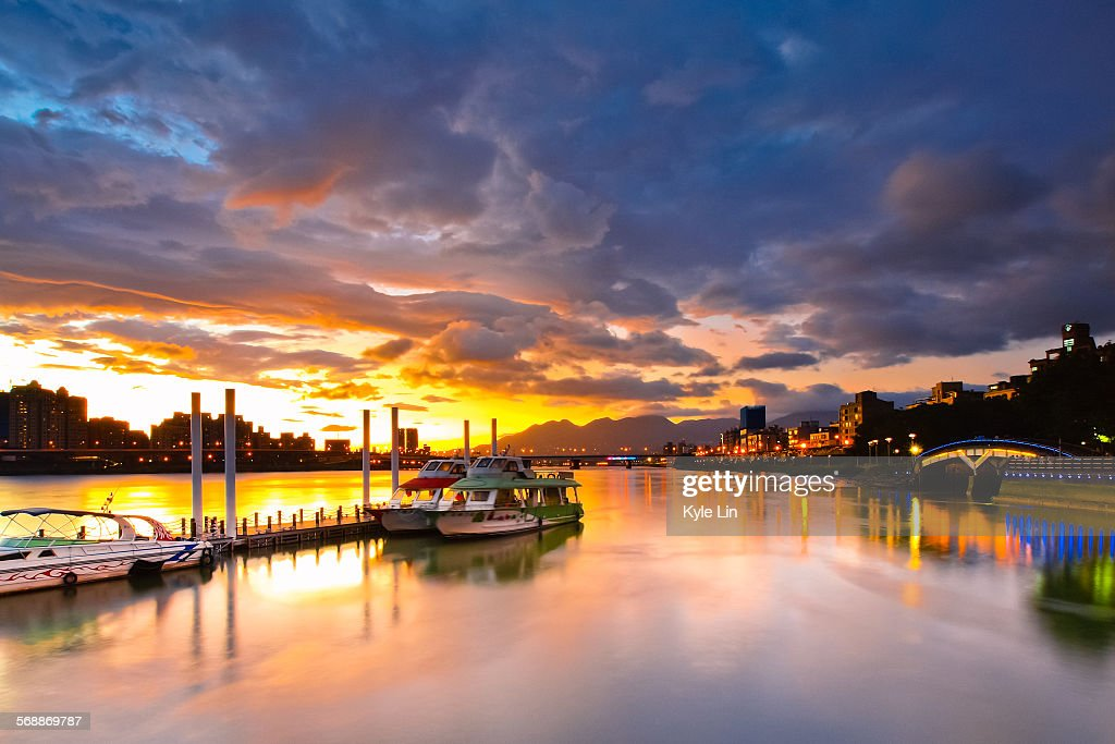 Sunset at wharf : Stock Photo