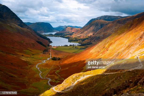 sunset, buttermere, honister pass, lake district, cumbria, england - footpath stock pictures, royalty-free photos & images