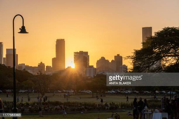 sunset city - brisbane stock pictures, royalty-free photos & images