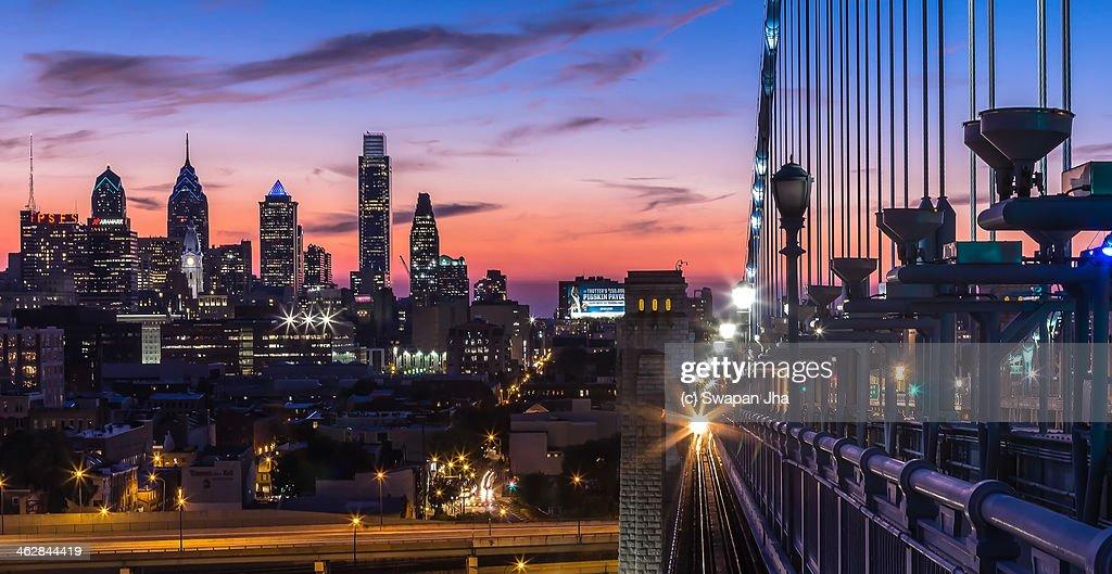 Sunset from the Ben Franklin Bridge : Stock Photo