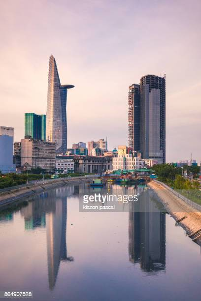 sunset in center of ho chi minh city in vietnam . . - ho chi minh city stock pictures, royalty-free photos & images