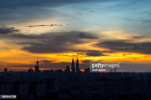 sunset in klcc - shaifulzamri bildbanksfoton och bilder