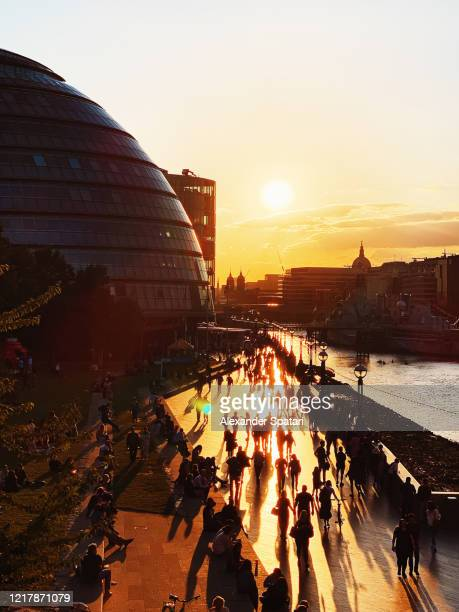 sunset in london with town hall and thames river, england, uk - dusk stock pictures, royalty-free photos & images