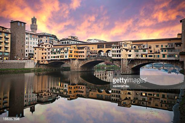 sunset in ponte vecchio - florence italy stock pictures, royalty-free photos & images