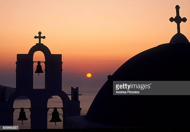 sunset in santorini - greek orthodoxy stock pictures, royalty-free photos & images