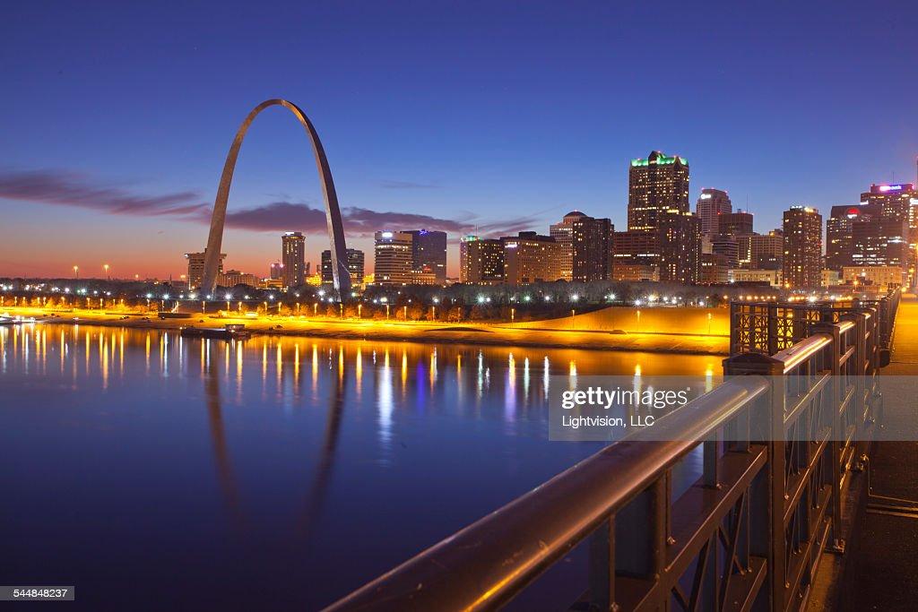 Sunset in St. Louis, Missouri : Stock Photo