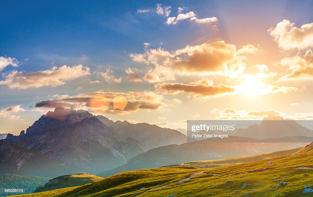 Sunset in the mountains : Foto de stock
