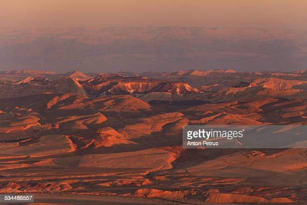 sunset in the negev desert. ramon crater - anton petrus stock pictures, royalty-free photos & images