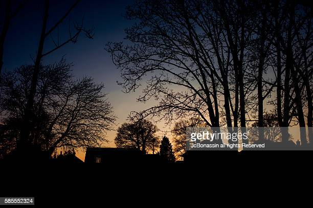 sunset in the uk - jcbonassin stock pictures, royalty-free photos & images