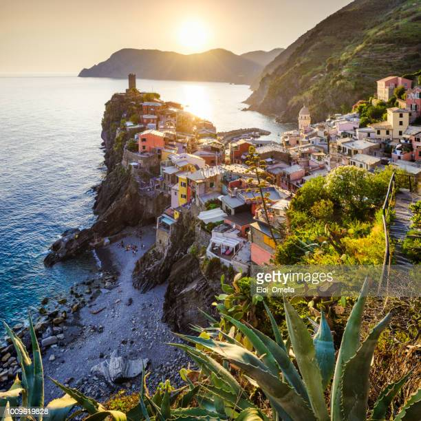 sunset in vernazza, cinque terre, italy - cinque terre stock pictures, royalty-free photos & images