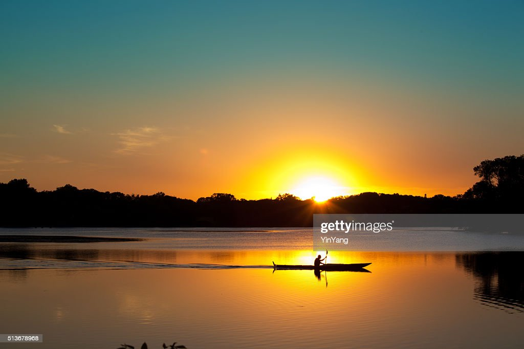 Sunset Kayaking in Lake of the Isles, Minneapolis, Minnesota : Stock Photo