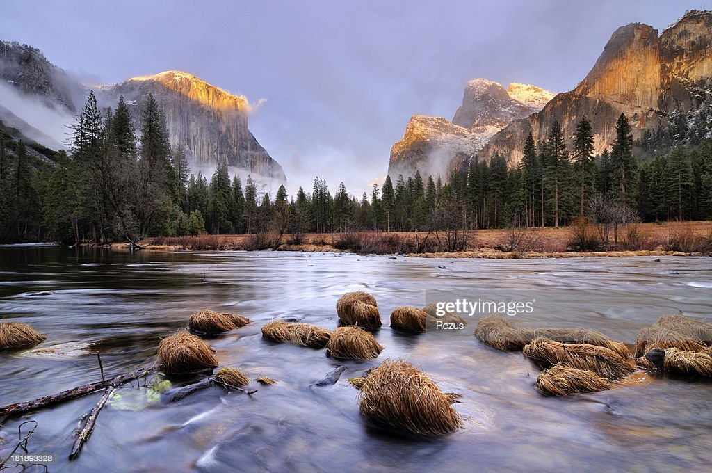 Sunset landscape in Yosemity Valley : Stock Photo