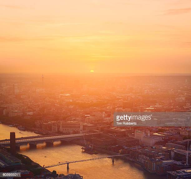 sunset light in london. - non urban scene stock pictures, royalty-free photos & images
