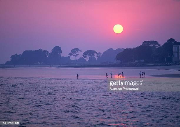 sunset near village on st. simons island - saint simon's island stock pictures, royalty-free photos & images