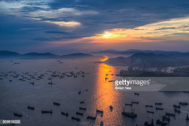 sunset of hong kong - nee nee fotografías e imágenes de stock