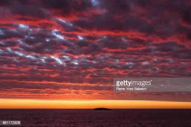 sunset on andavadoaka - pierre yves babelon stock pictures, royalty-free photos & images