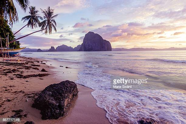 sunset on beautiful palawan, philippines - el nido stock pictures, royalty-free photos & images