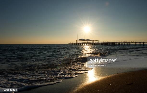 Sunset on the beach in Belek Turkey 17 January 2015 Photo Soeren Stache/dpa | usage worldwide