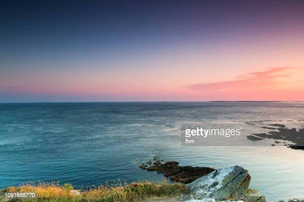 sunset on the coast of the finistere/ brittany/ france - océan atlantique photos et images de collection