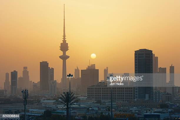 sunset over kuwait city - kuwait city stock pictures, royalty-free photos & images