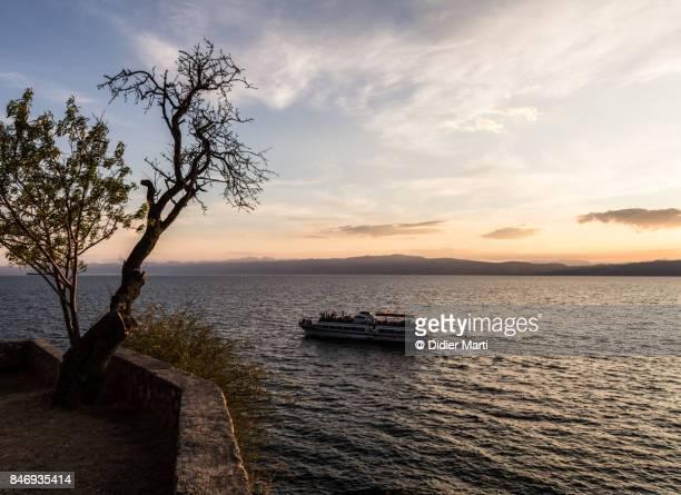 sunset over lake ohrid in macedonia - didier marti stock-fotos und bilder