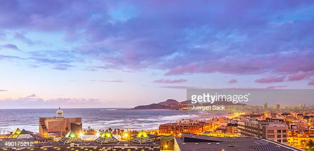 sunset over las palmas de gran canaria - las palmas de gran canaria stock pictures, royalty-free photos & images