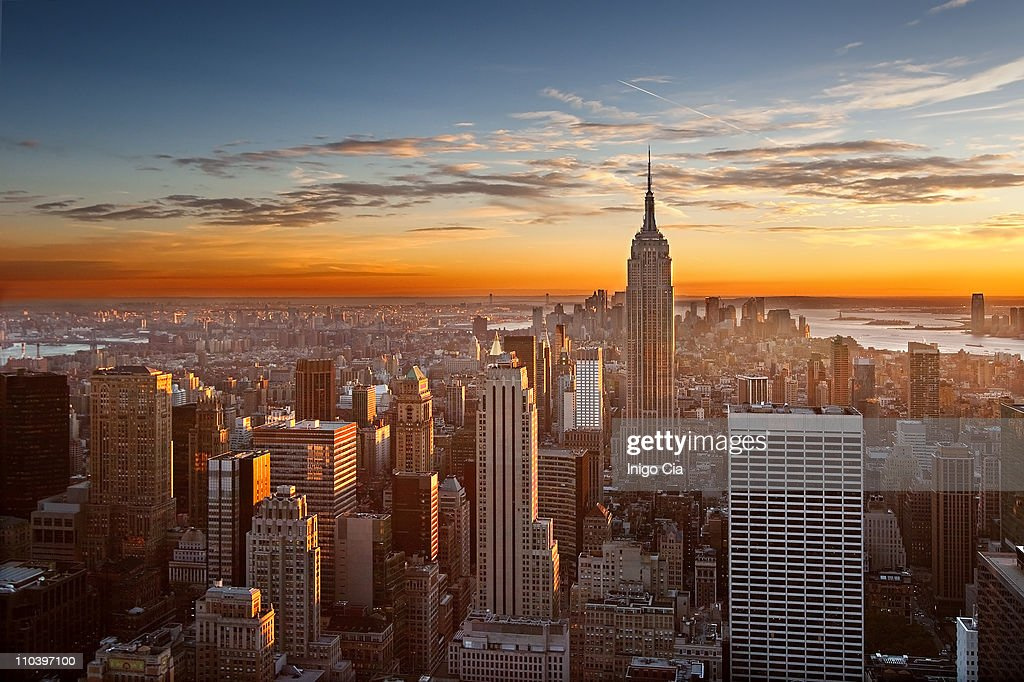 Sunset over manhattan : Stock Photo