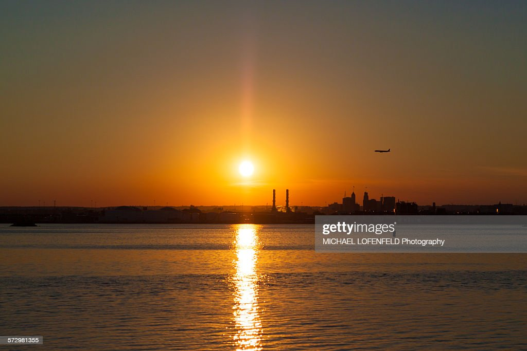 Sunset Over Newark Nj Stock Photo - Getty Images