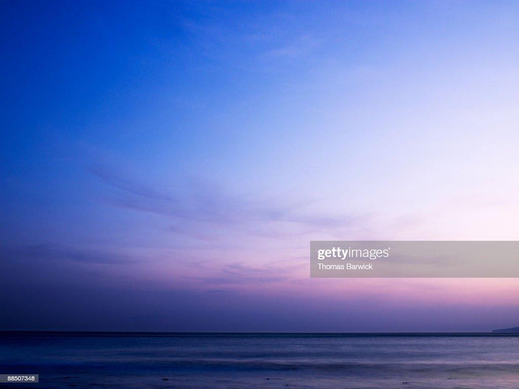 Sunset over Pacific Ocean : ストックフォト