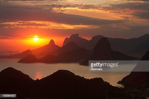 sunset over rio de janeiro - niteroi stock pictures, royalty-free photos & images