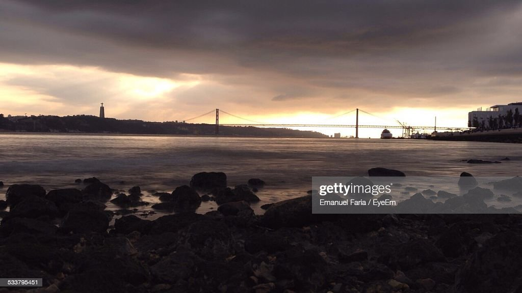 Sunset Over River : Foto stock