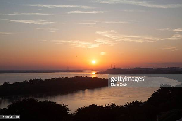 sunset over river, santa fe, argentina - santa fe province stock pictures, royalty-free photos & images