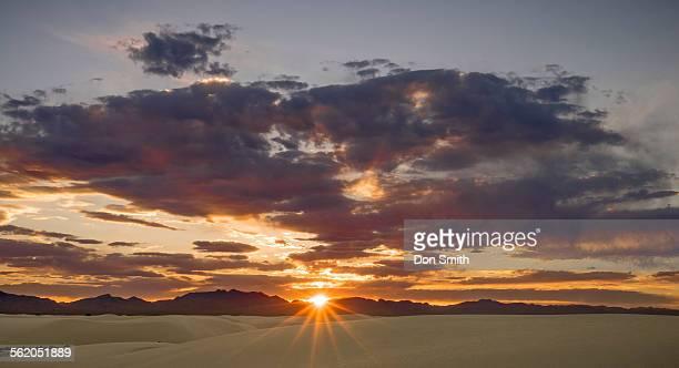 sunset over san andreas mountains - don smith stock-fotos und bilder