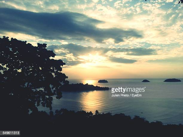 sunset over sea - abidjan stock pictures, royalty-free photos & images