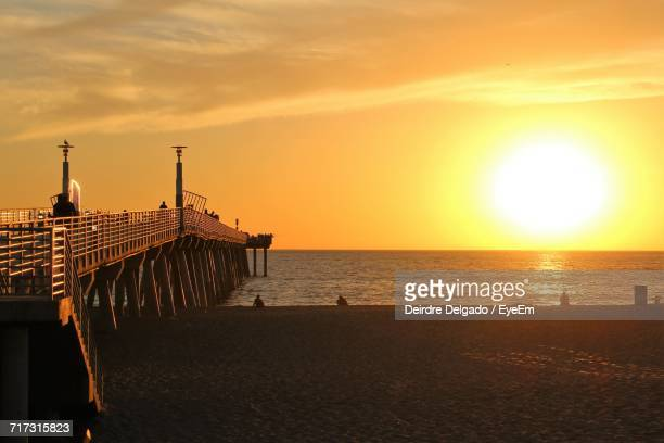 sunset over sea - hermosa beach stock pictures, royalty-free photos & images