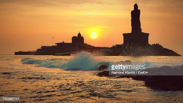 sunset over sea - madhya pradesh stock pictures, royalty-free photos & images