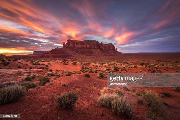 Sunset over Sentinel Mesa, Monument Valley, Arizona, America, USA