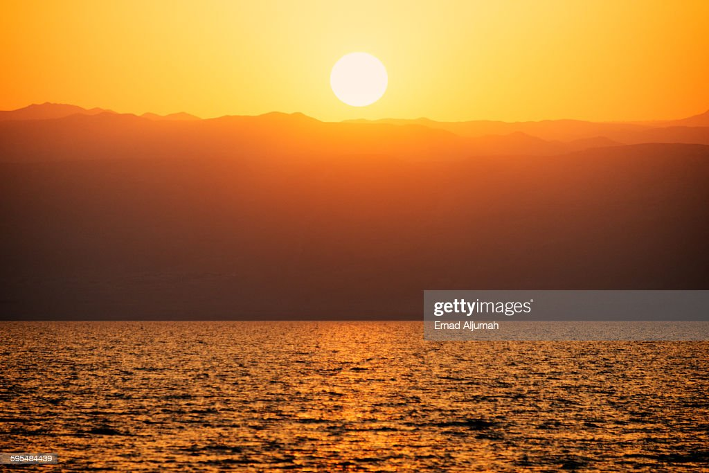 Sunset over the Dead sea, Jordan : Foto de stock
