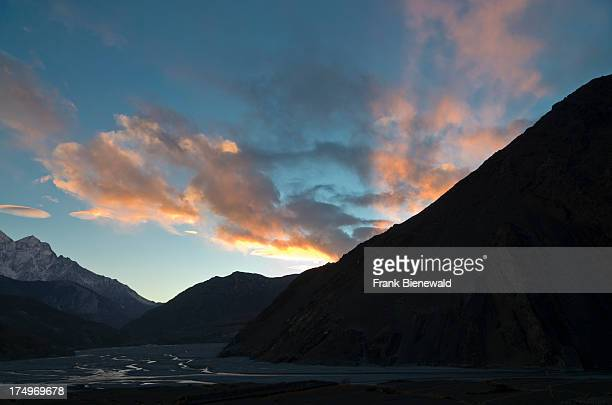 Sunset over the Kali Ghandaki Valley looking south