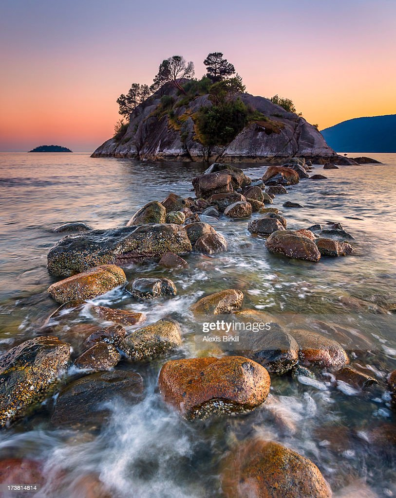 Sunset over the rocks : Stock Photo