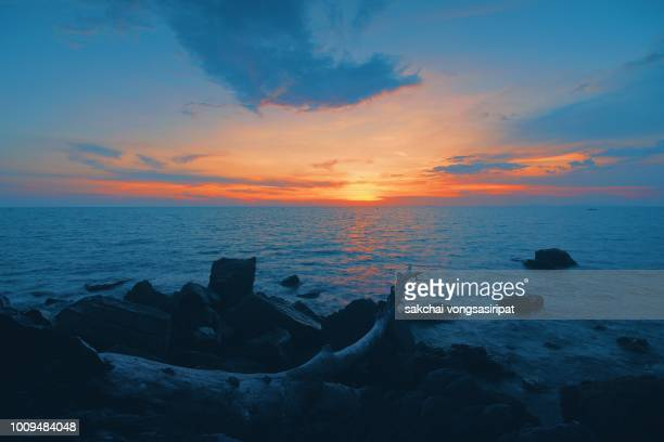 sunset over the sea against sky, thailand - chanthaburi sea stock pictures, royalty-free photos & images