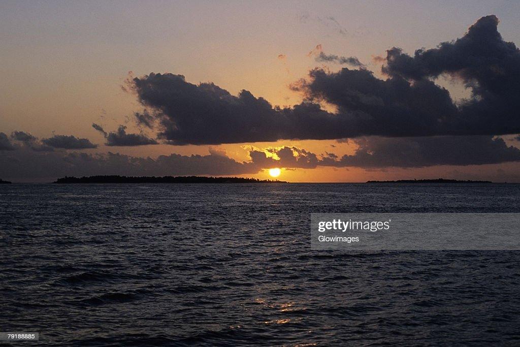 Sunset over the sea, Indian Ocean, Maldives : Foto de stock