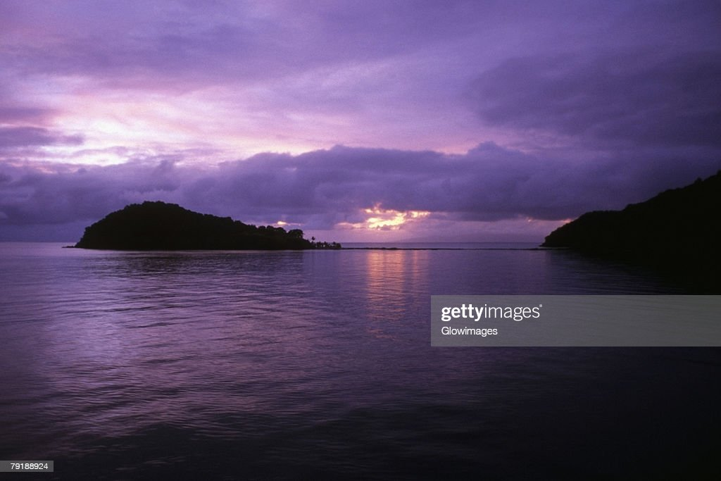 Sunset over the sea, Makogai Island, Fiji : Foto de stock