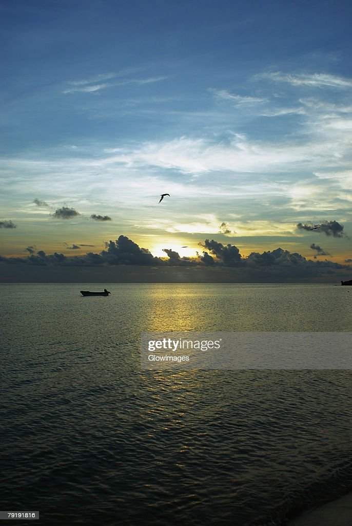 Sunset over the sea, South West Bay, Providencia, Providencia y Santa Catalina, San Andres y Providencia Department, Colombia : Stock Photo
