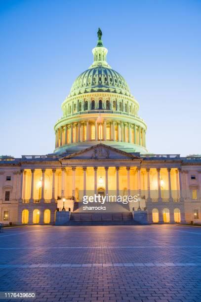 sunset over us capitol building, washington dc, usa - capitol building washington dc stock pictures, royalty-free photos & images