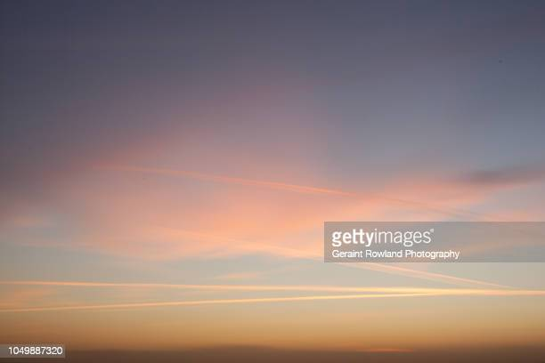 sunset skies, southend-on-sea - screen saver stock photos and pictures