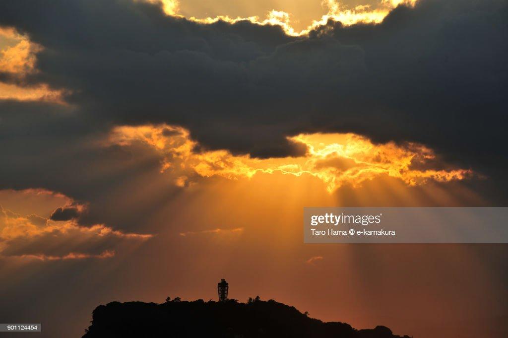 Sunset sunbeam on Enoshima Island in Fujisawa city in Kanagawa prefecture in Japan : ストックフォト