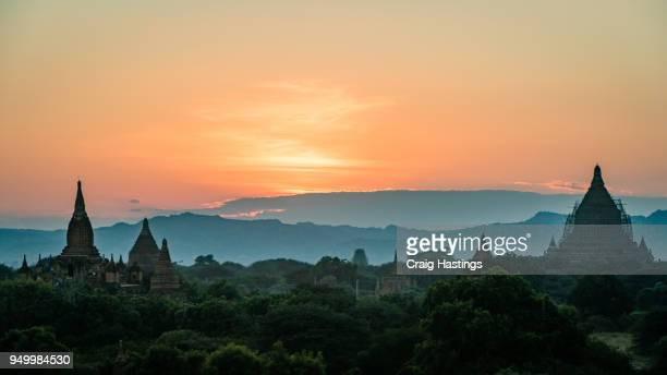sunset sunrise temples of bagan myanmar burma - southeast stock pictures, royalty-free photos & images