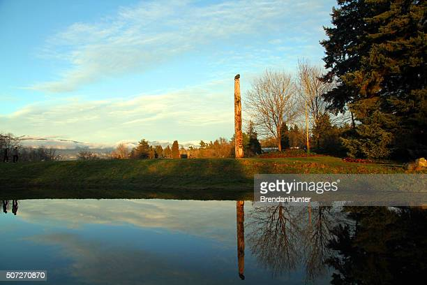sunset totem - ubc stock pictures, royalty-free photos & images